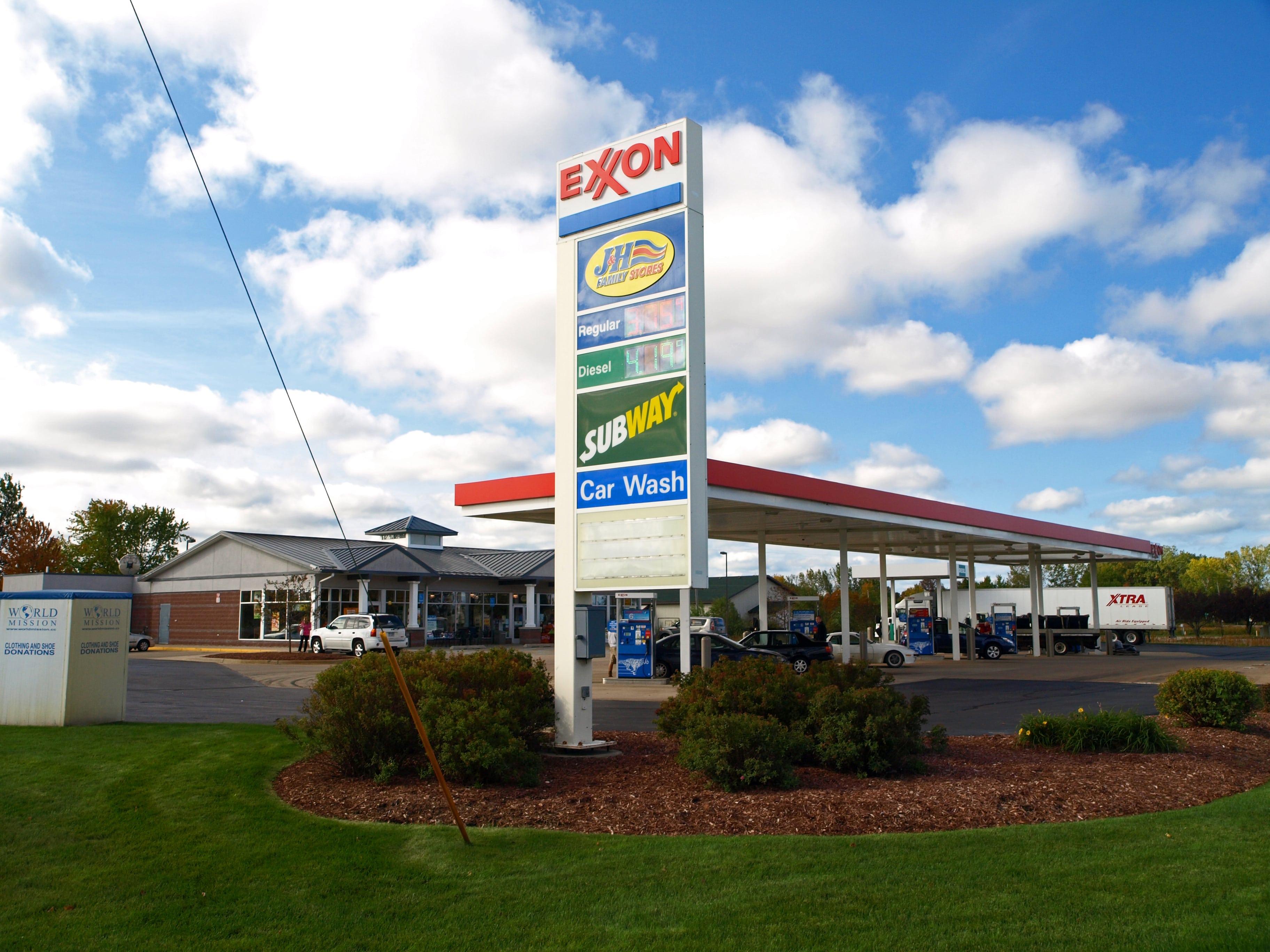 Olive Exxon
